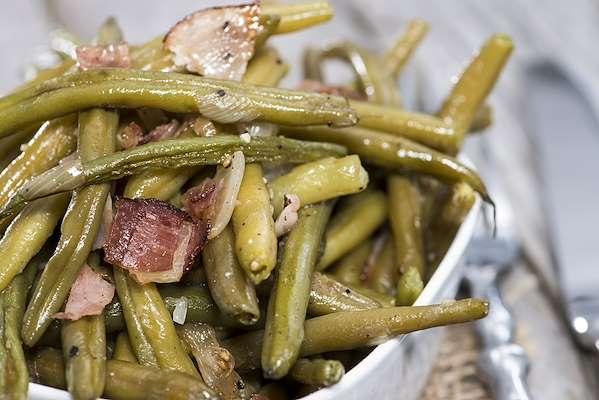 Bacon-Braised Green Beans Recipe