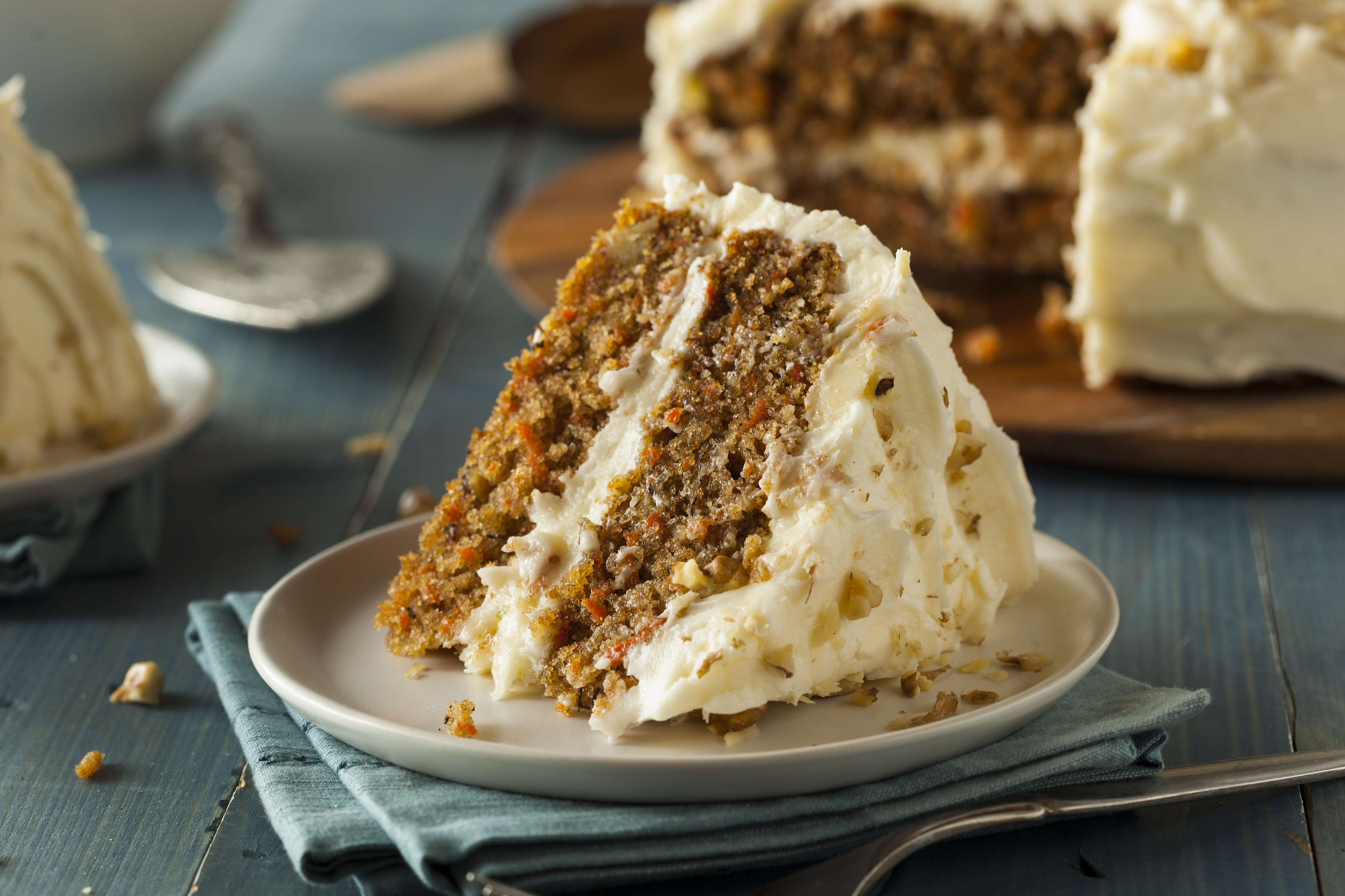 Carrot Cake With Cream Cheese Frosting Recipe | RecipeSavants.com
