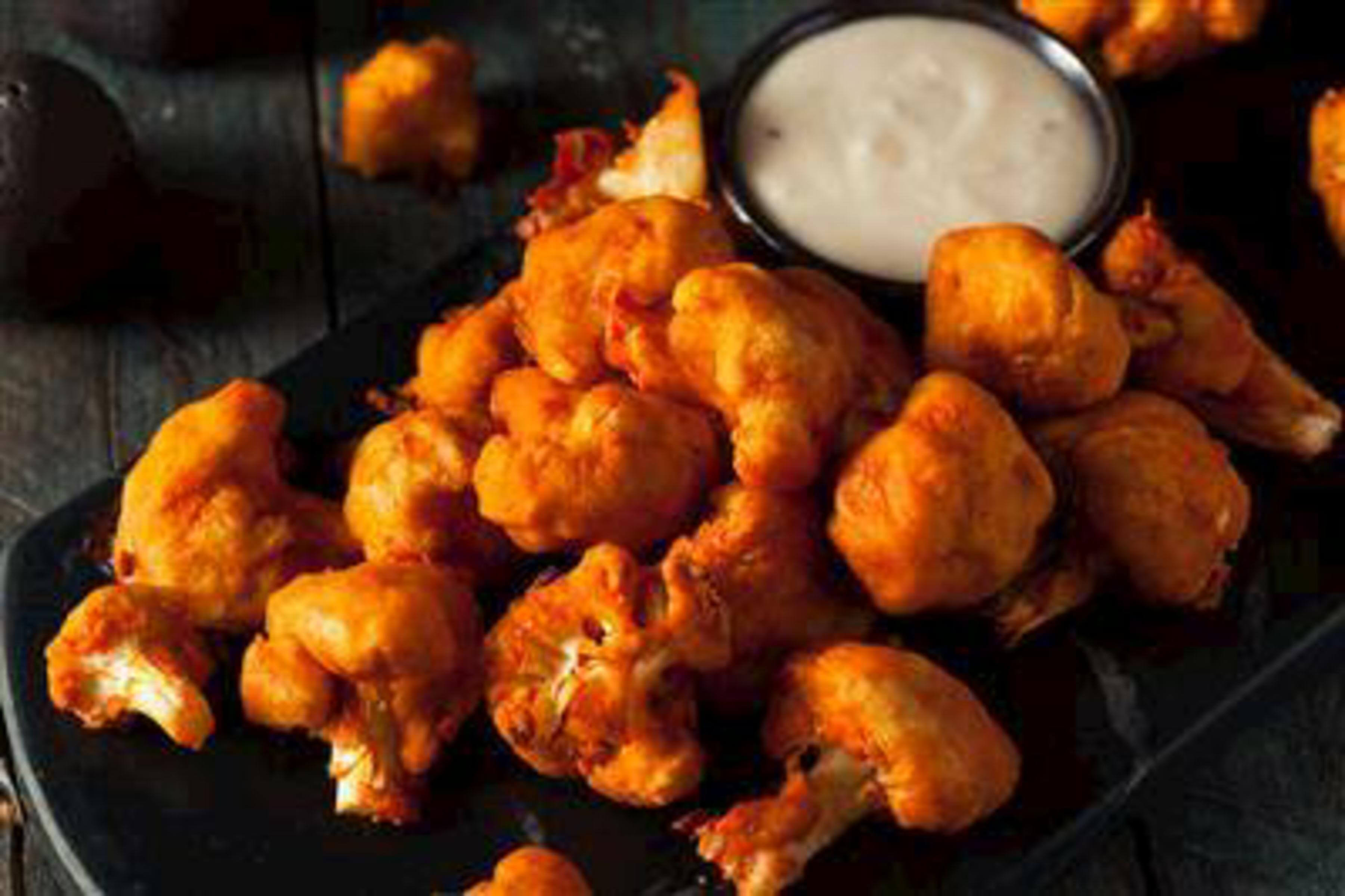 Cauliflower Buffalo Wings Recipe | RecipeSavants.com