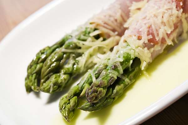 Cheesy Asparagus Recipe