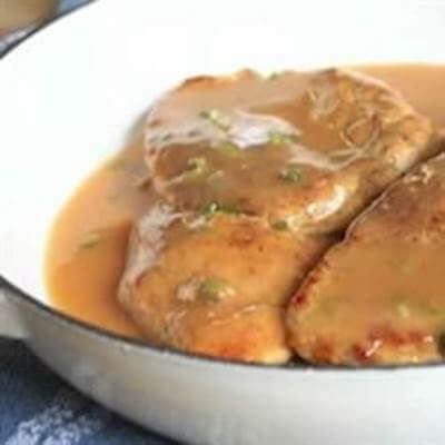 Chicken Breasts With Chipotle Gravy Recipe