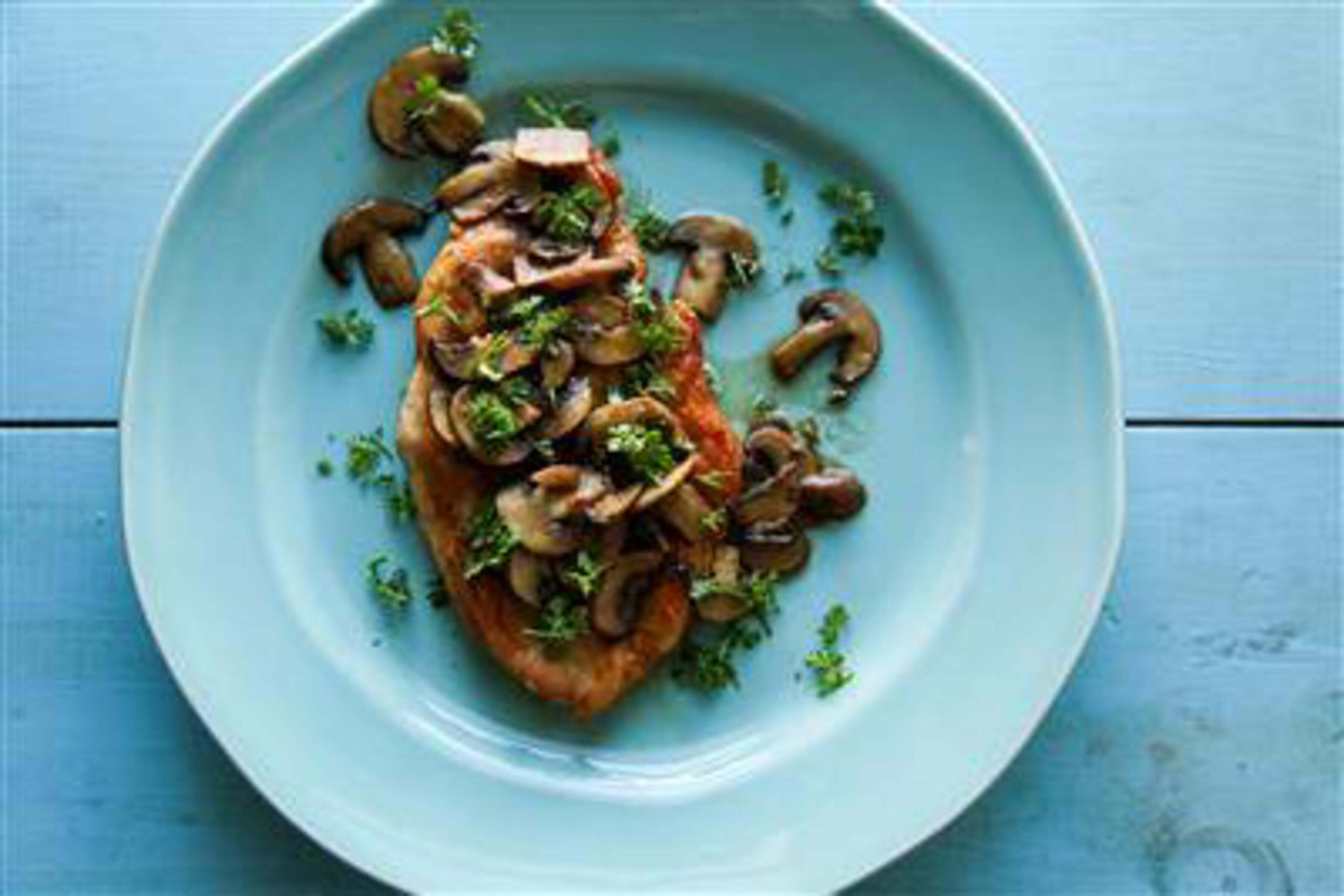 Chicken Marsala Recipe | RecipeSavants.com