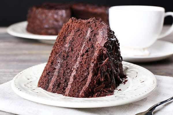 Chocolate Cake With Whipped Chocolate Buttercream Recipe