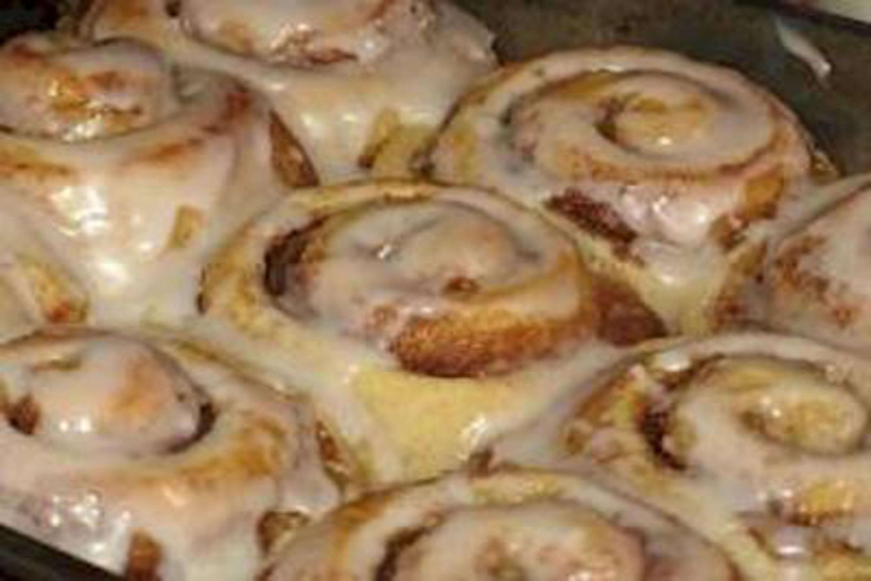 Cinnamon Rolls Recipe | RecipeSavants.com