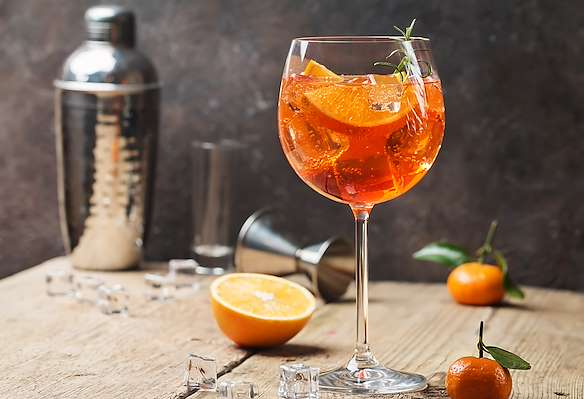 RecipeSavants - Classic Aperol Spritz