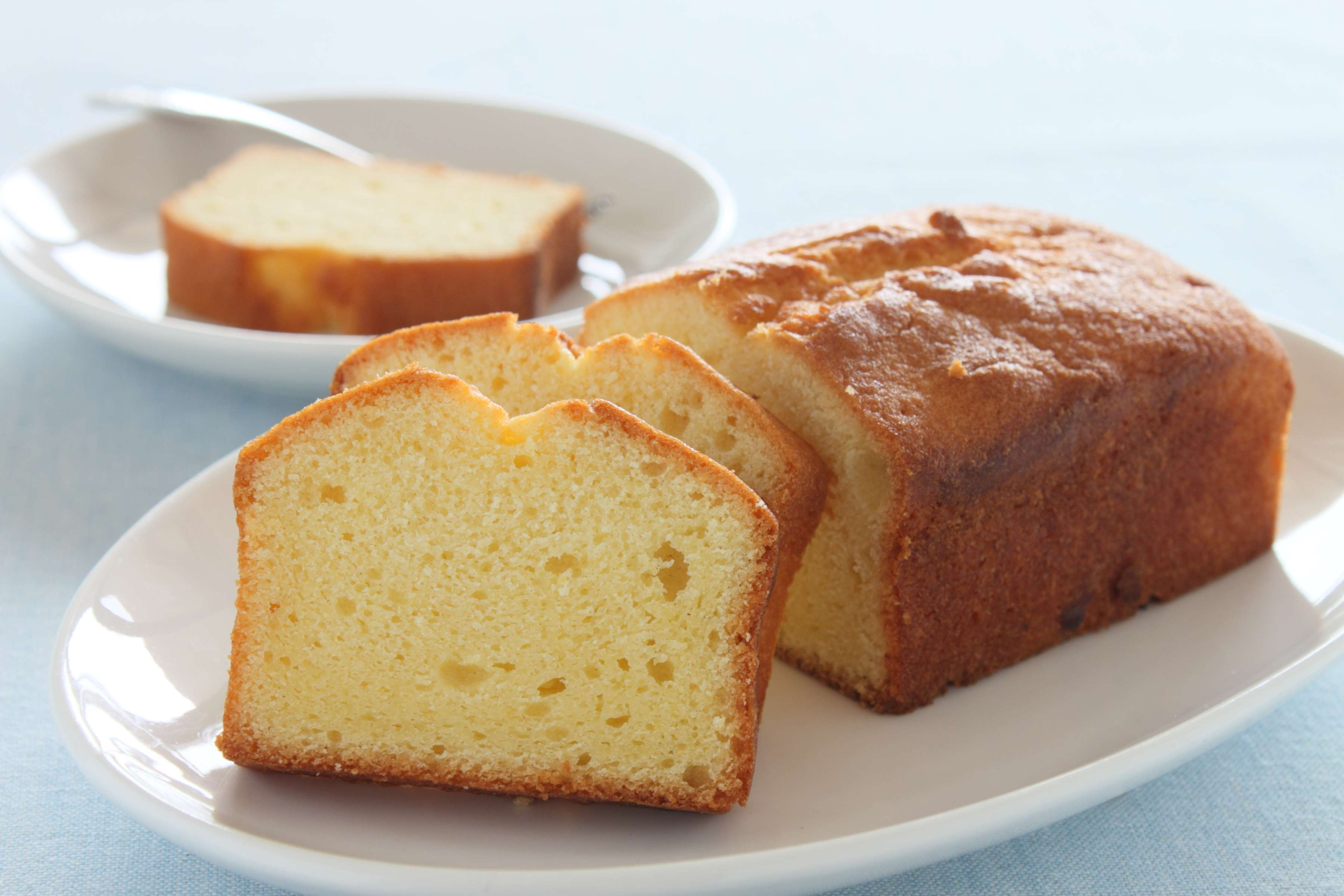 Classic Pound Cake Recipe | RecipeSavants.com