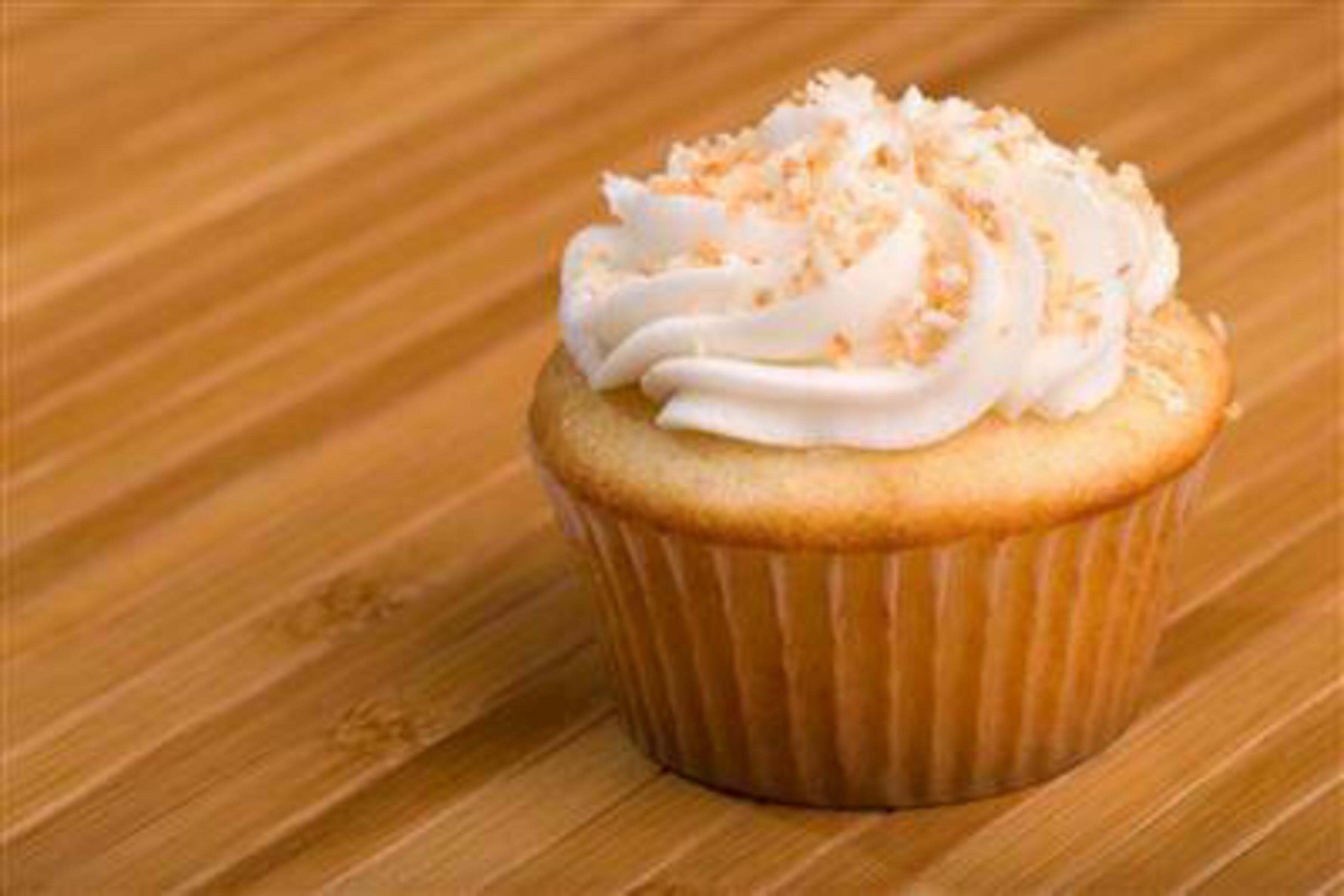 Coconut Cupcakes Recipe | RecipeSavants.com