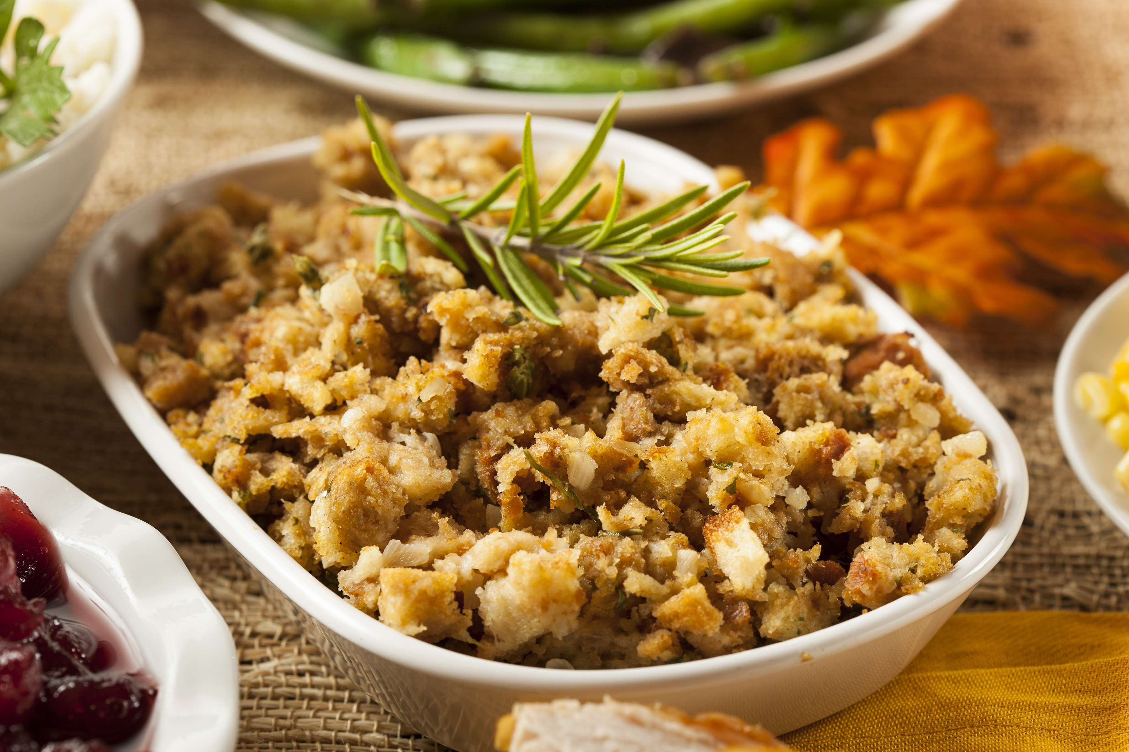 Easy Herbed Stuffing Recipe | CHEFBear.net