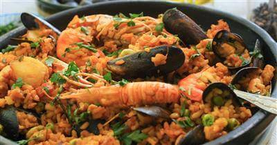 Easy Summer Paella Recipe