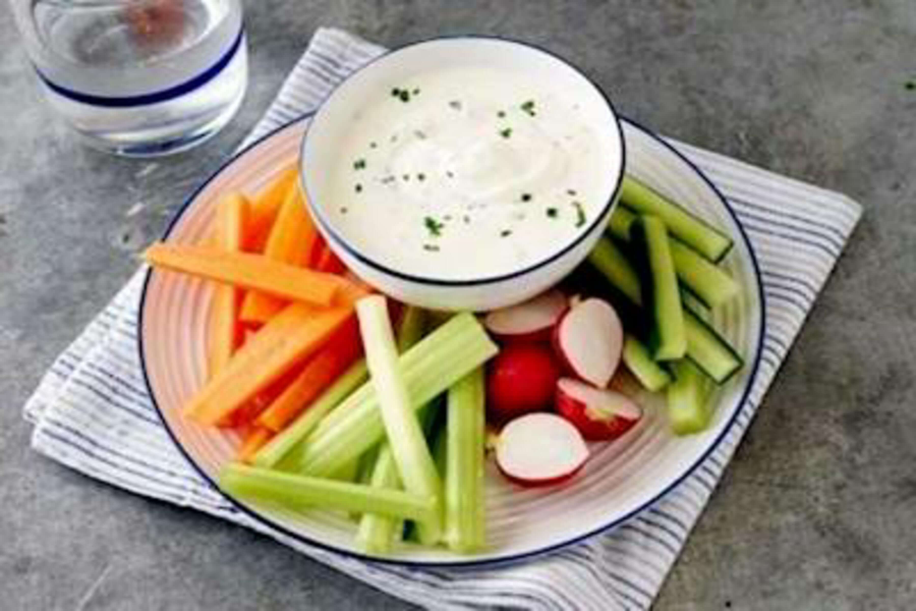 Garlic Dip Recipe | RecipeSavants.com