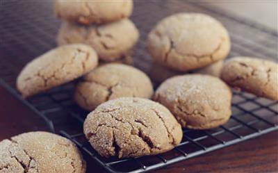 Ginger & Molasses Cookie Chews Recipe