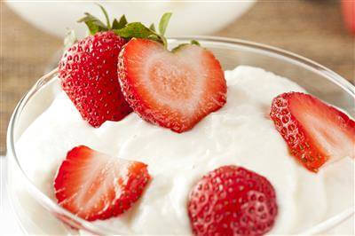 Greek Yogurt & Strawberries Recipe