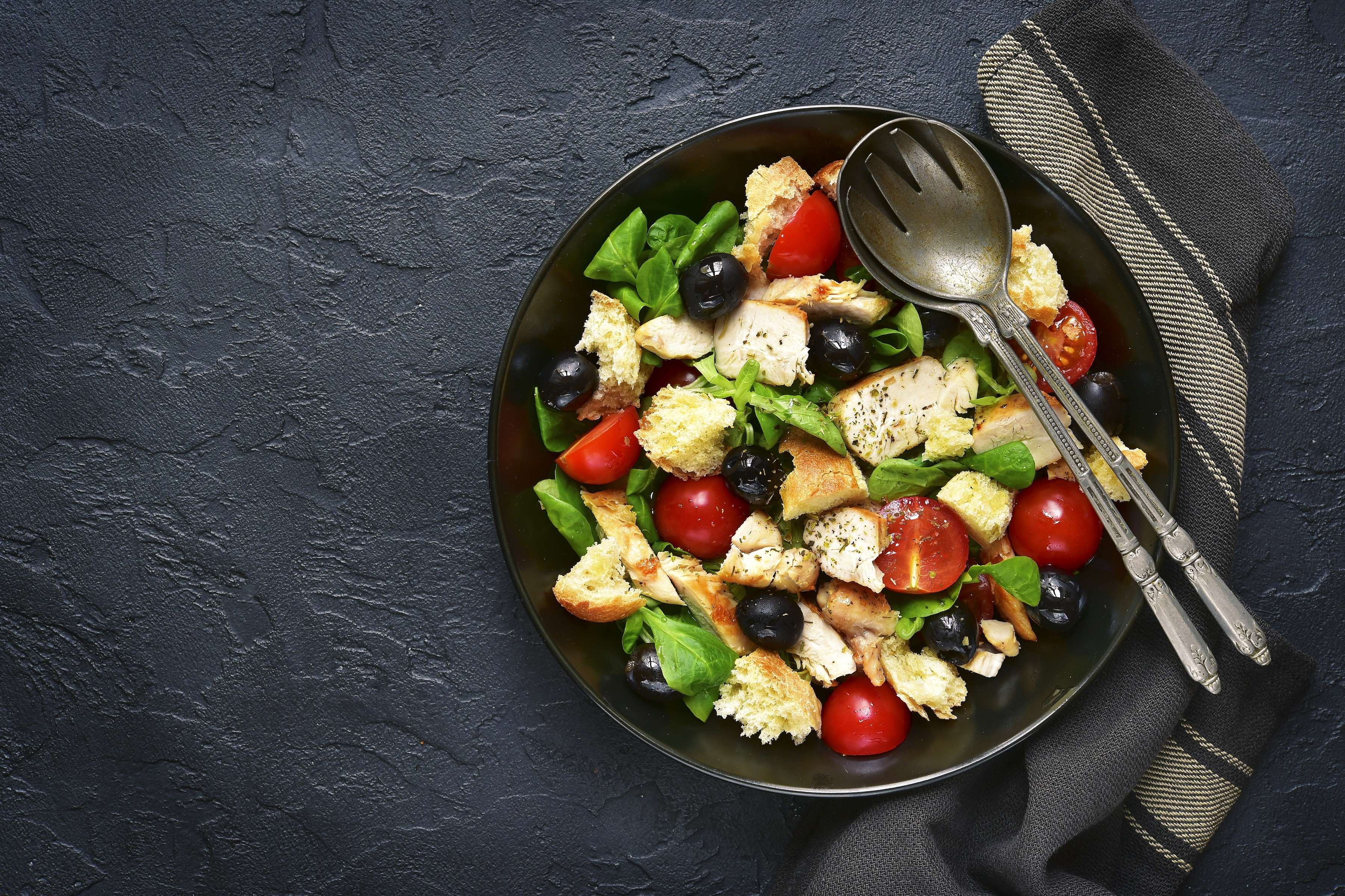 Grilled Panzanella Salad Recipe | RecipeSavants.com