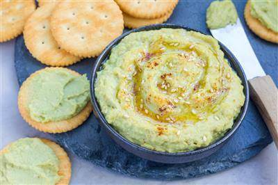 Heavenly Green Vegan Hummus Recipe