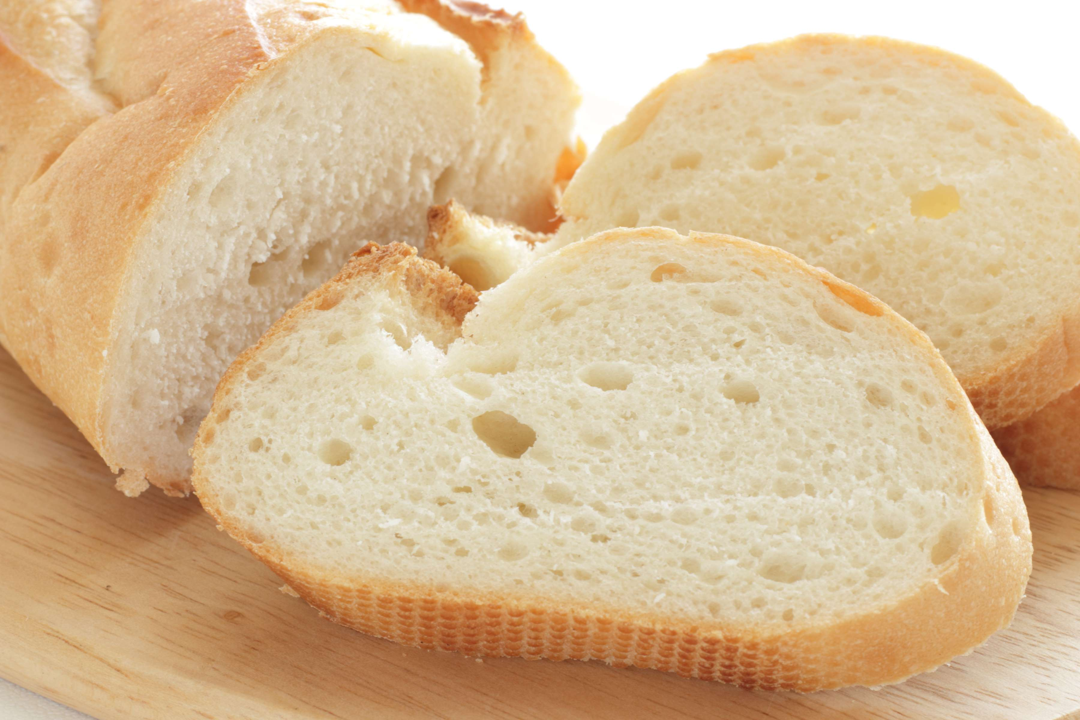 Homemade French Bread Recipe | RecipeSavants.com