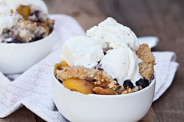 Homemade Peach & Blueberry Cobbler Recipe