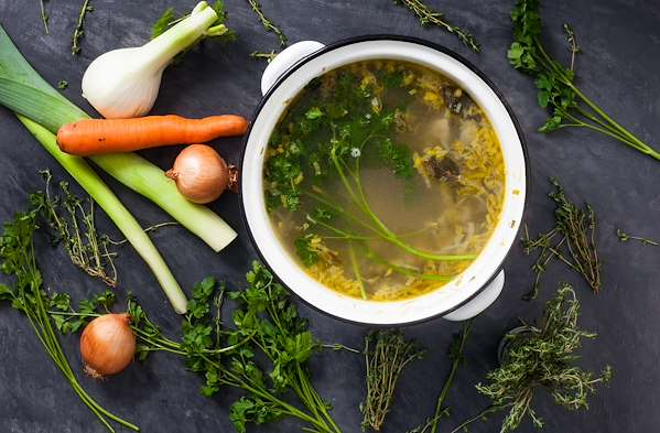 Confident Kitchen Meal Plans - Homemade Vegetable Stock