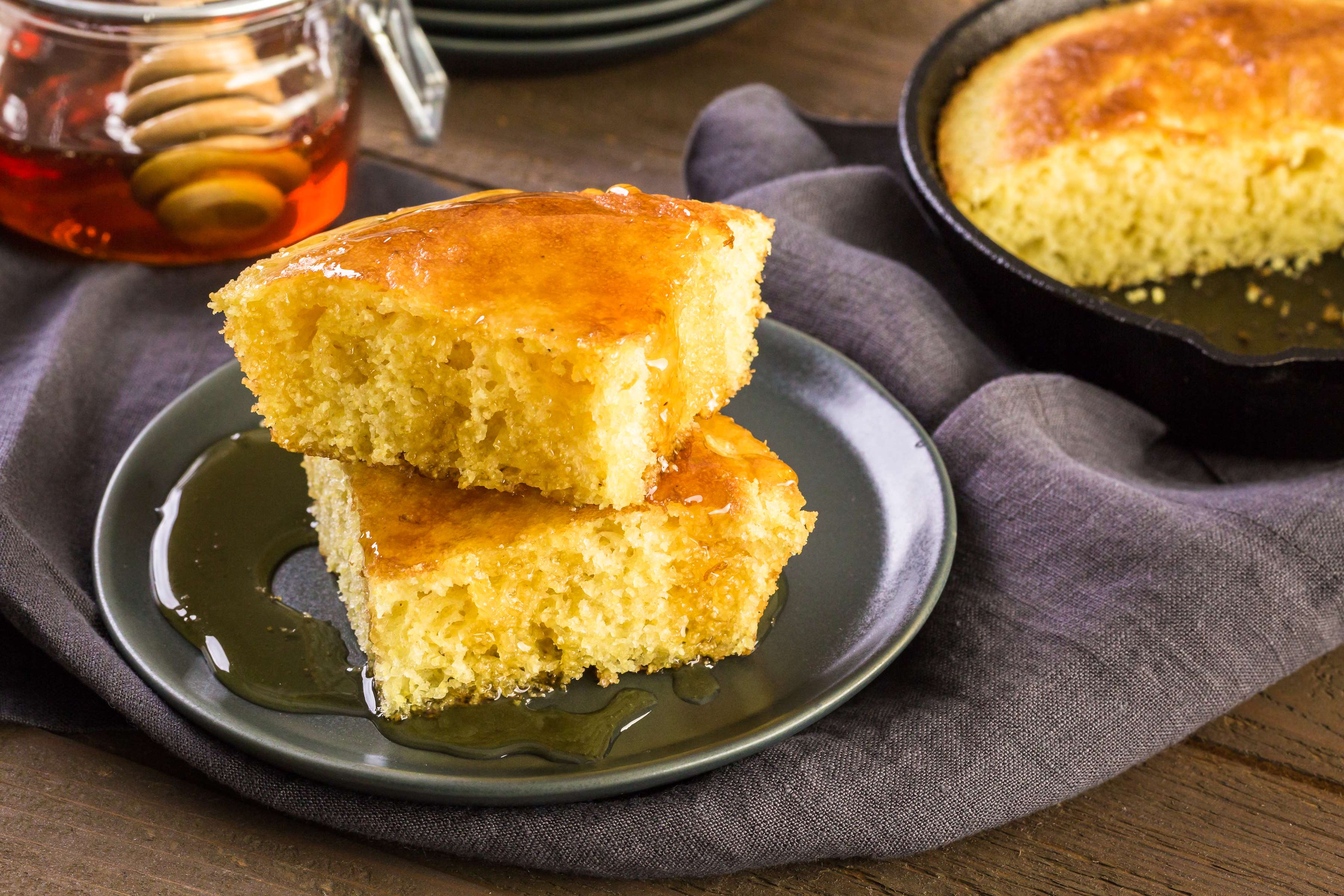 Honey Corn Bread Recipe | RecipeSavants.com