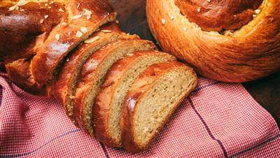 Recipe For Horiatiko Psomi: Greek Crusty Country Bread