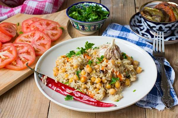 Instant Pot Herbed Chickpea Plov Recipe