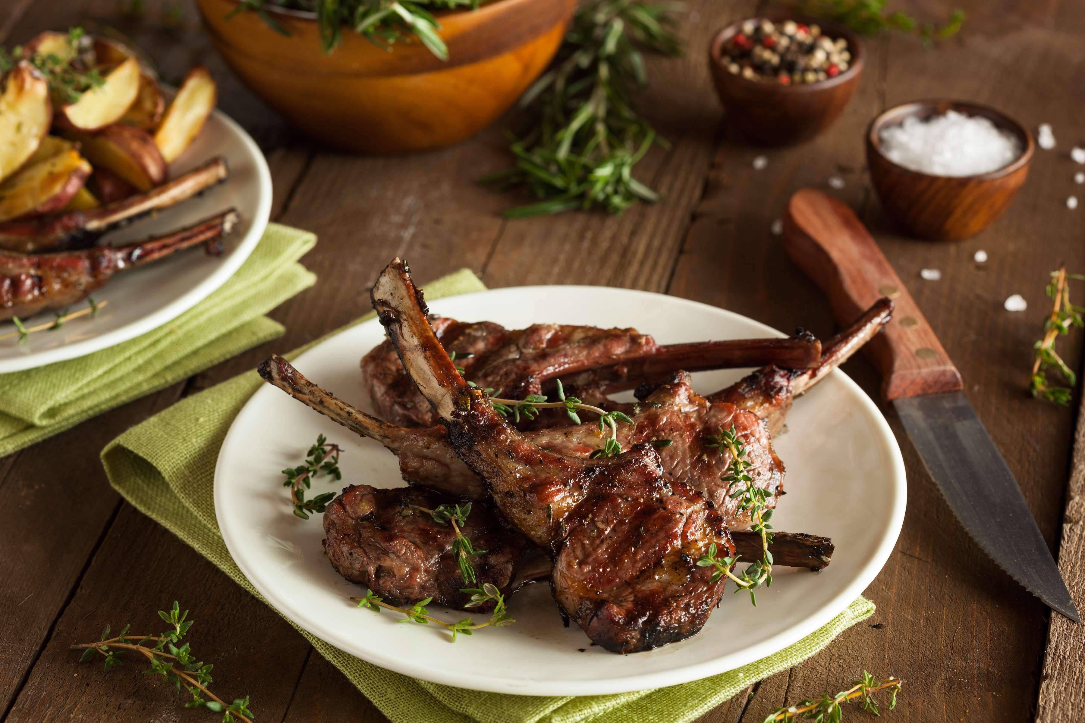 Lamb Chops With Parsley, Rosemary And Garlic Recipe | RecipeSavants.com