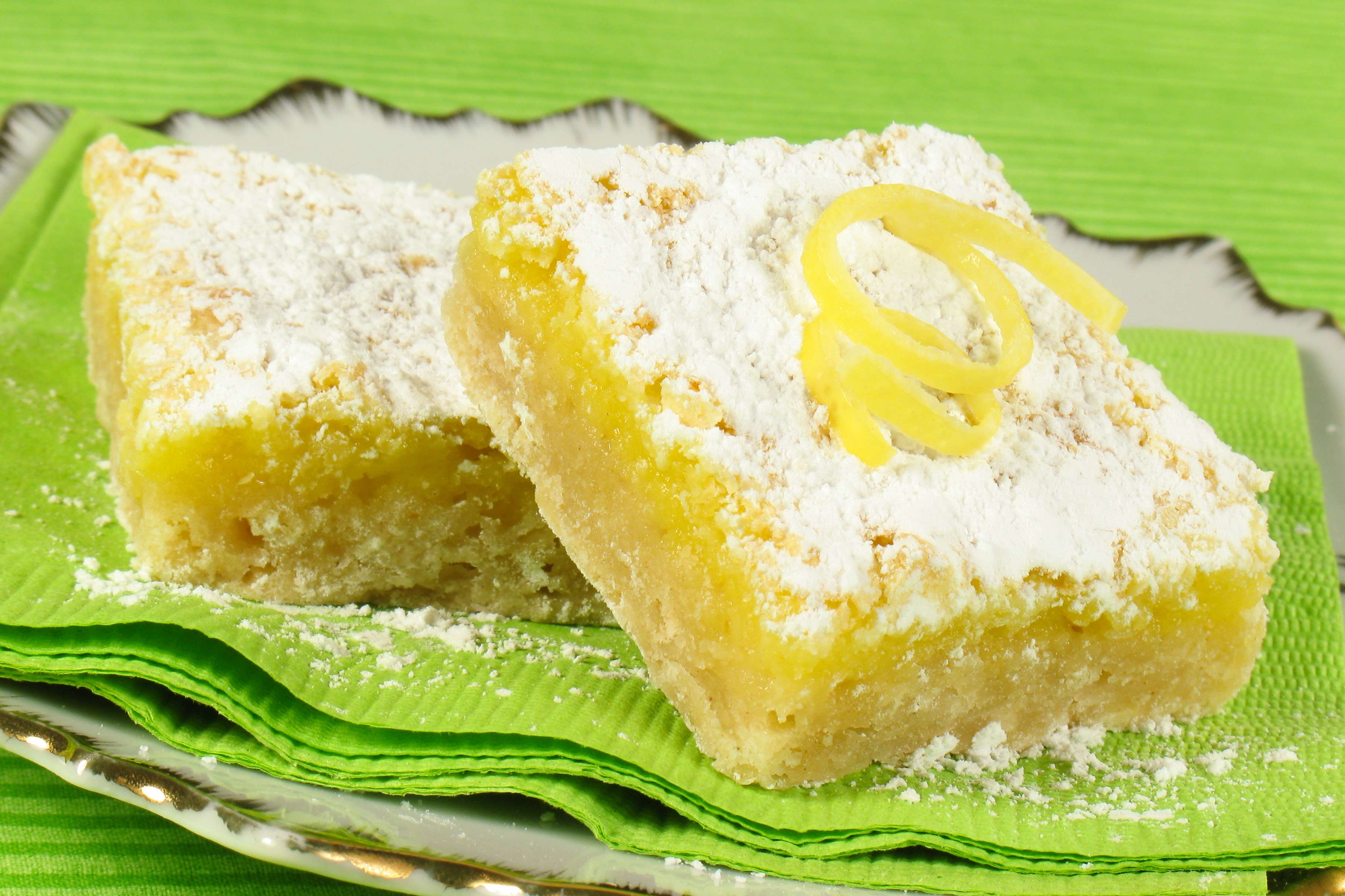 Lemon Bars Recipe | RecipeSavants.com