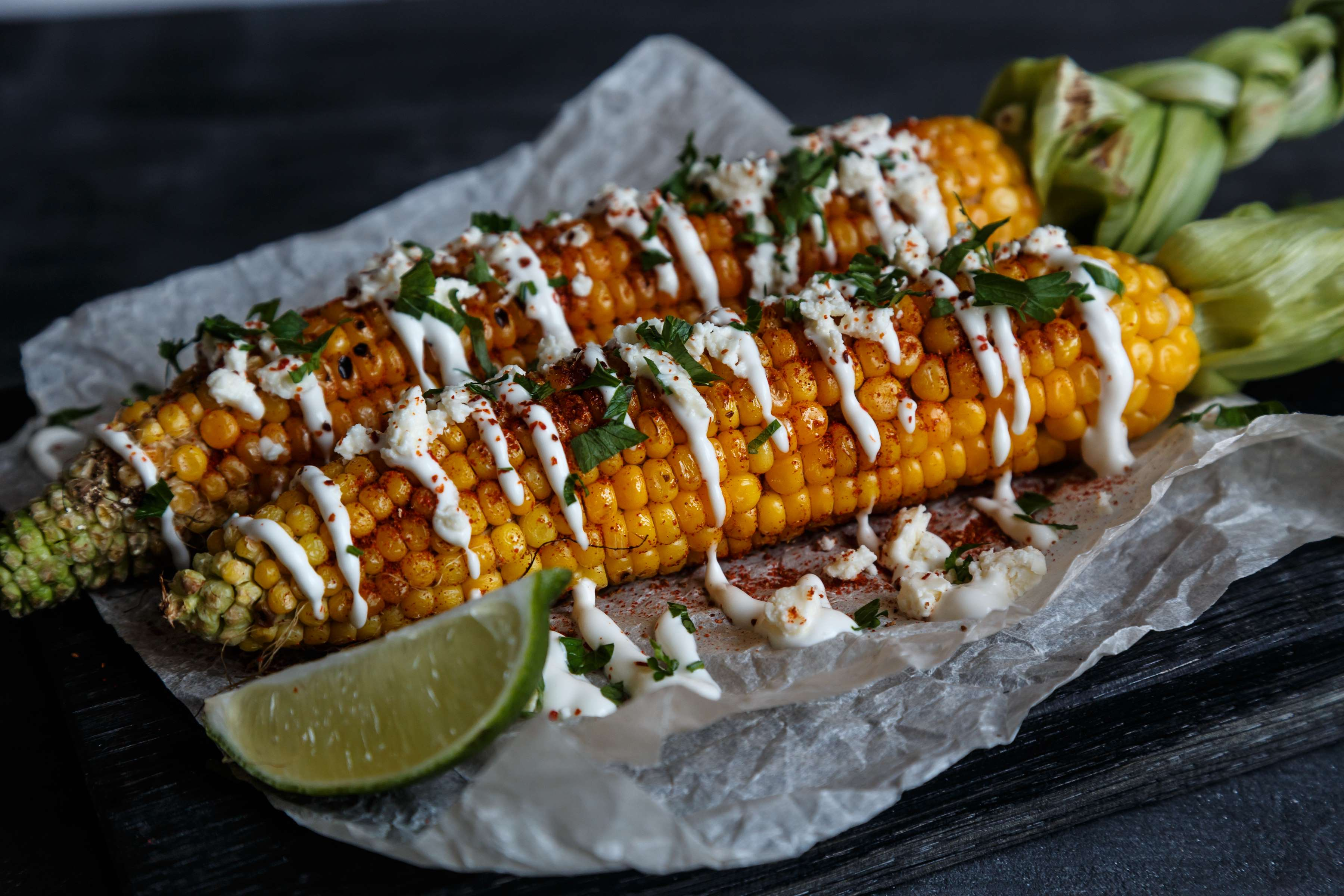 Mexican Corn On The Cob Recipe | RecipeSavants.com