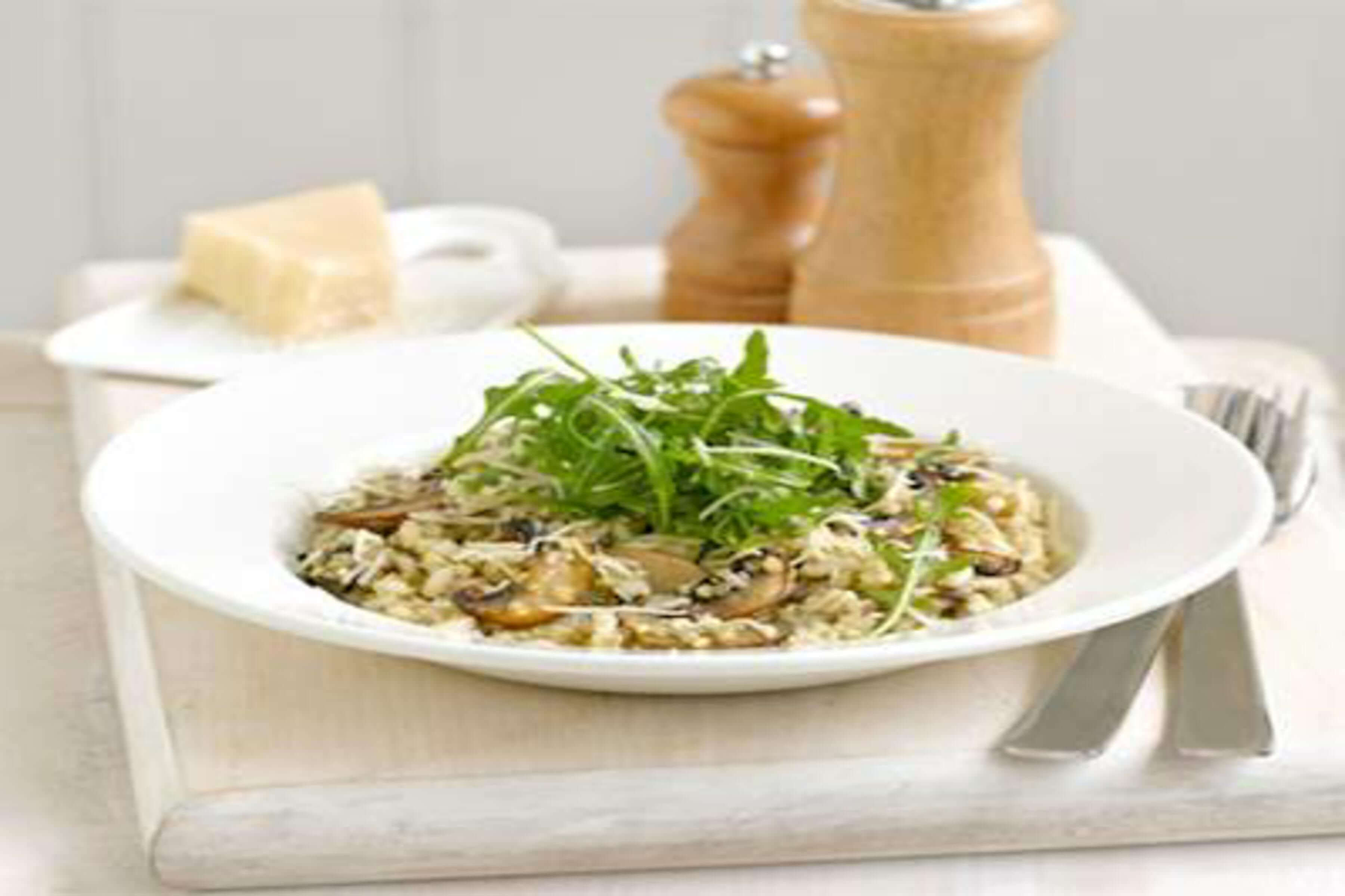 Mushroom And Thyme Risotto Recipe | RecipeSavants.com
