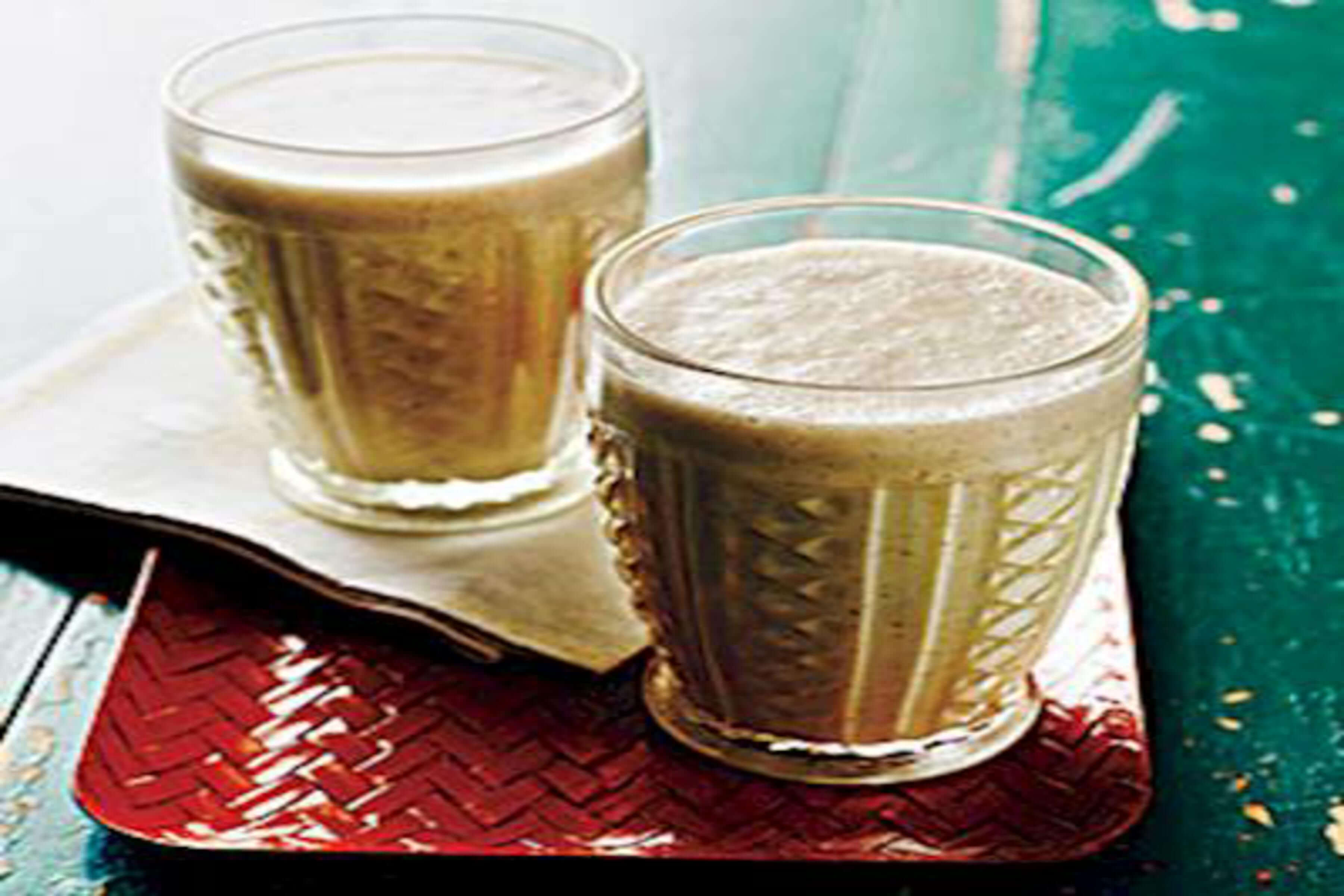 Nutritious Banana Smoothie Recipe | RecipeSavants.com