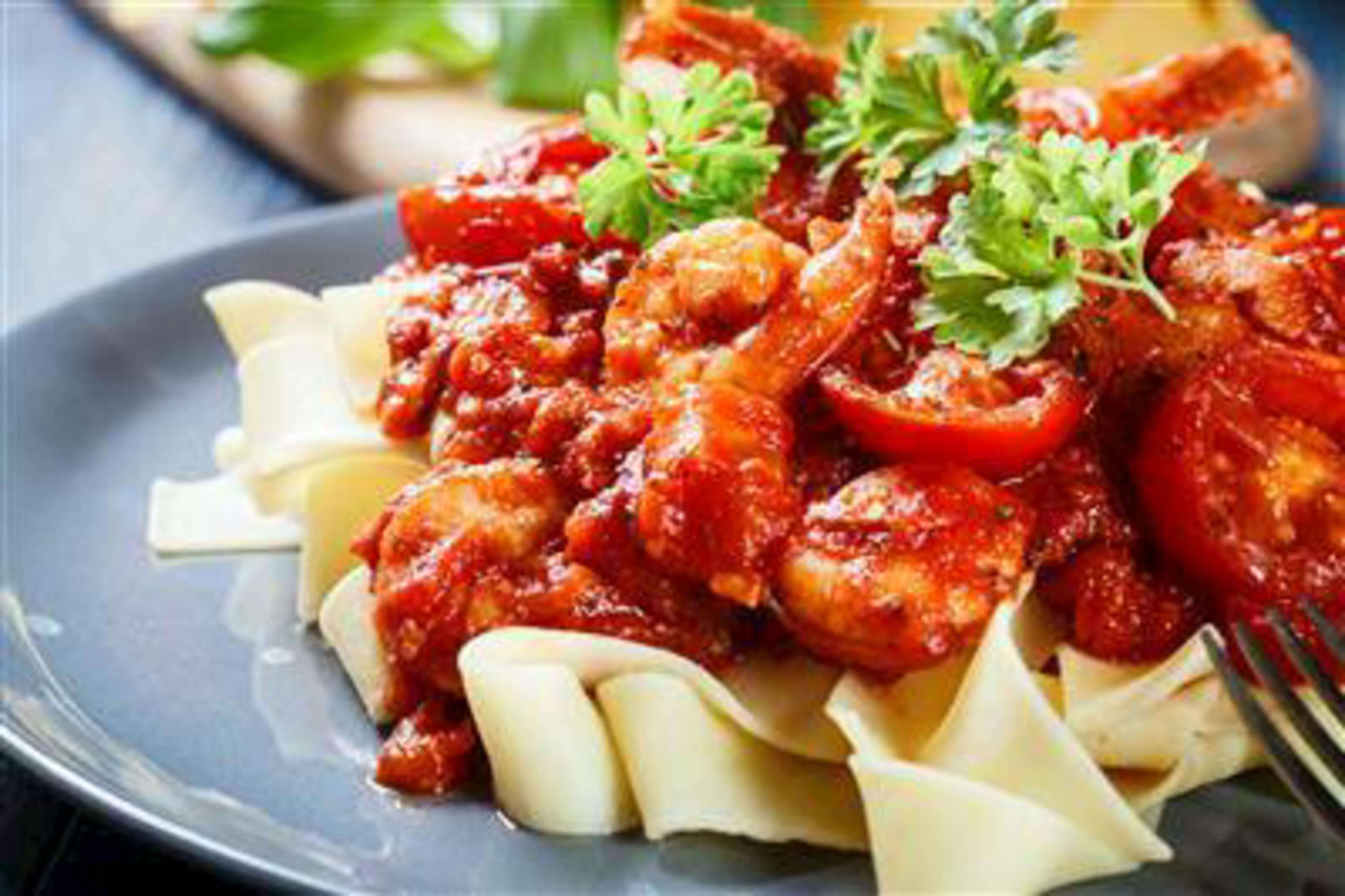 Pappardelle Pasta With Prawn And Roasted Cherry Tomato Sauce Recipe | RecipeSavants.com