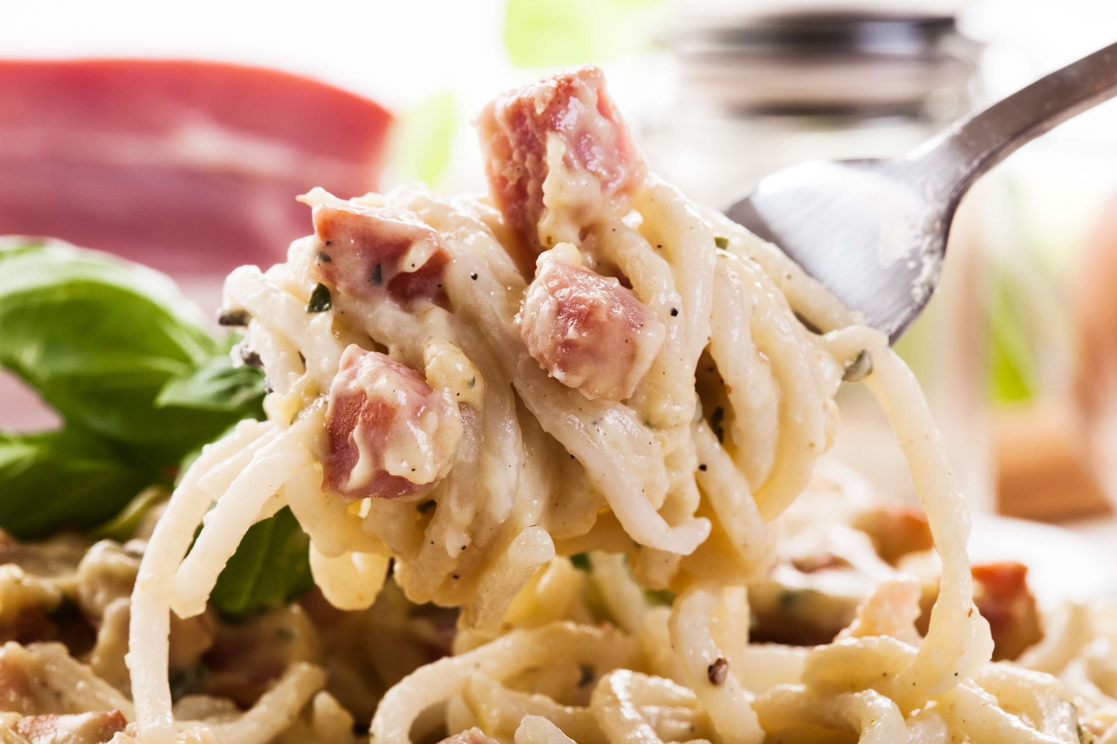 Pasta Carbonara Recipe | RecipeSavants.com
