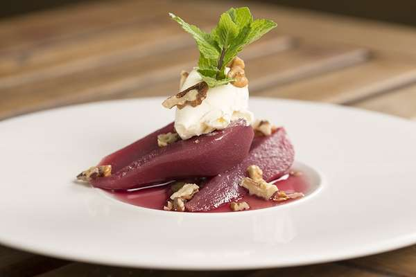Pears With Red Wine Sauce Recipe