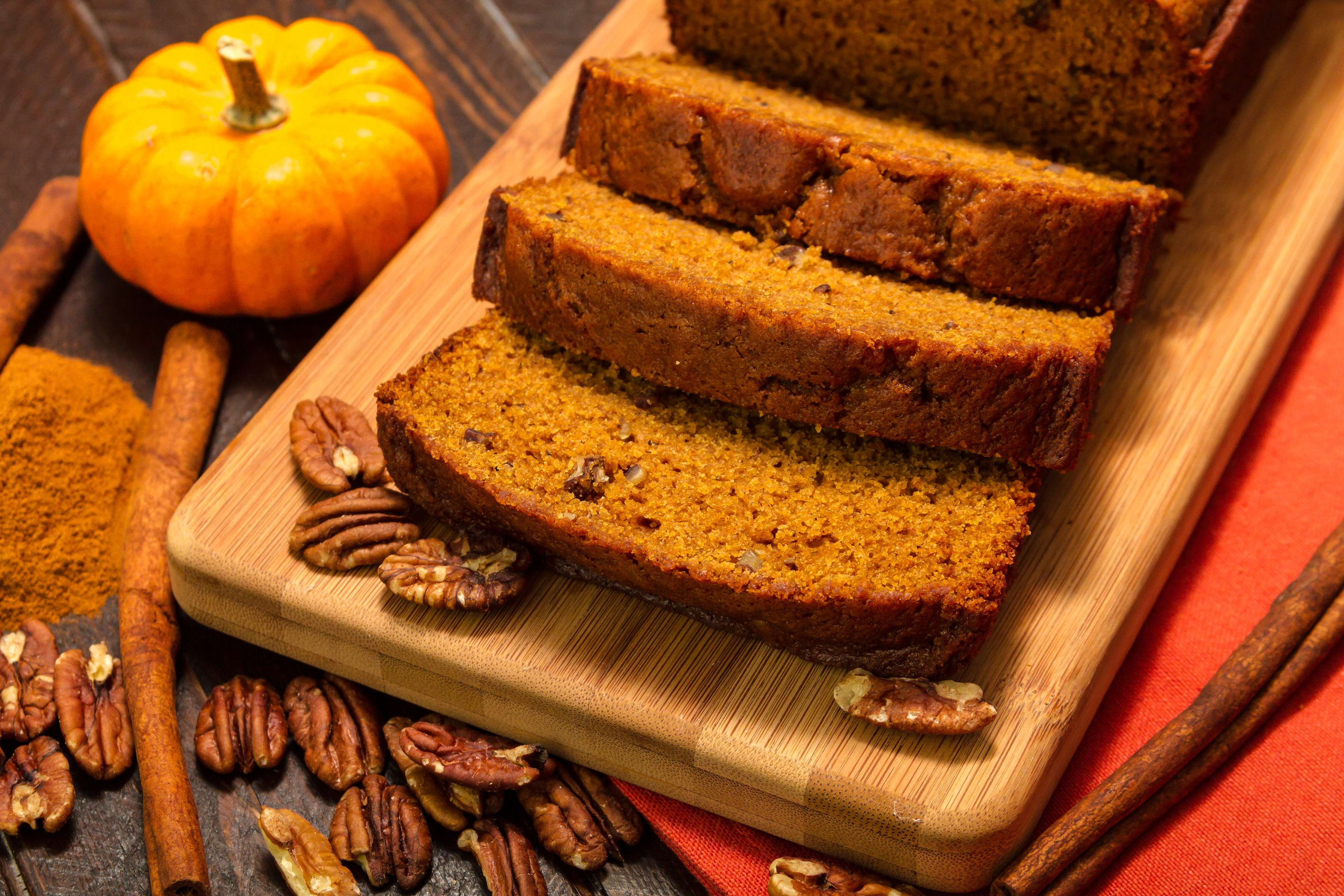 Easy Pumpkin Spice Bread Recipe | RecipeSavants.com
