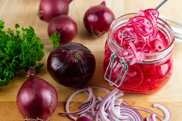 Confident Kitchen Meal Plans - Quick Pickled Red Onions