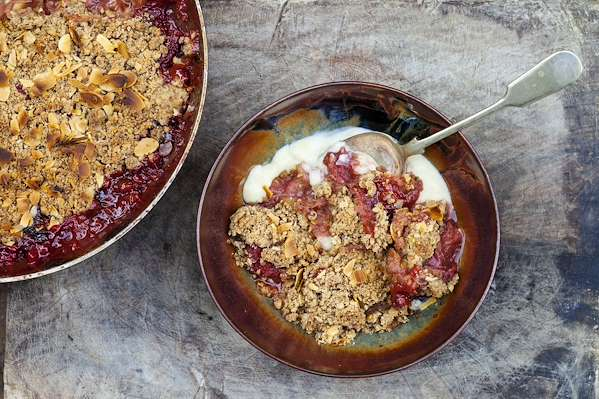 RecipeSavants - Rhubarb & Star Anise Crumble