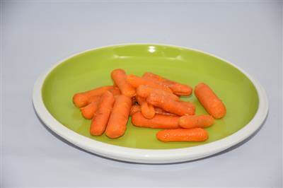 RecipeSavants - Roasted Baby Carrots With Orange & Honey