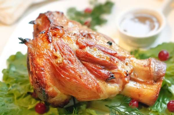 German Roasted Pork Shanks (Schewinshaxen) Recipe