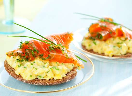 ChefBear Complete Meals - scrambled eggs & smoked salmon