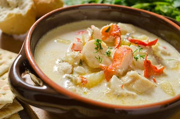 Recipe Savants - Seafood Bisque With Lobster and Scallops