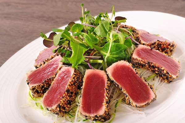 ChefBear Complete Meals - seared ahi tuna salad with sichuan pepper vinaigrette