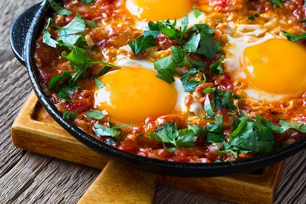 Israeli Style Poached Eggs Recipe