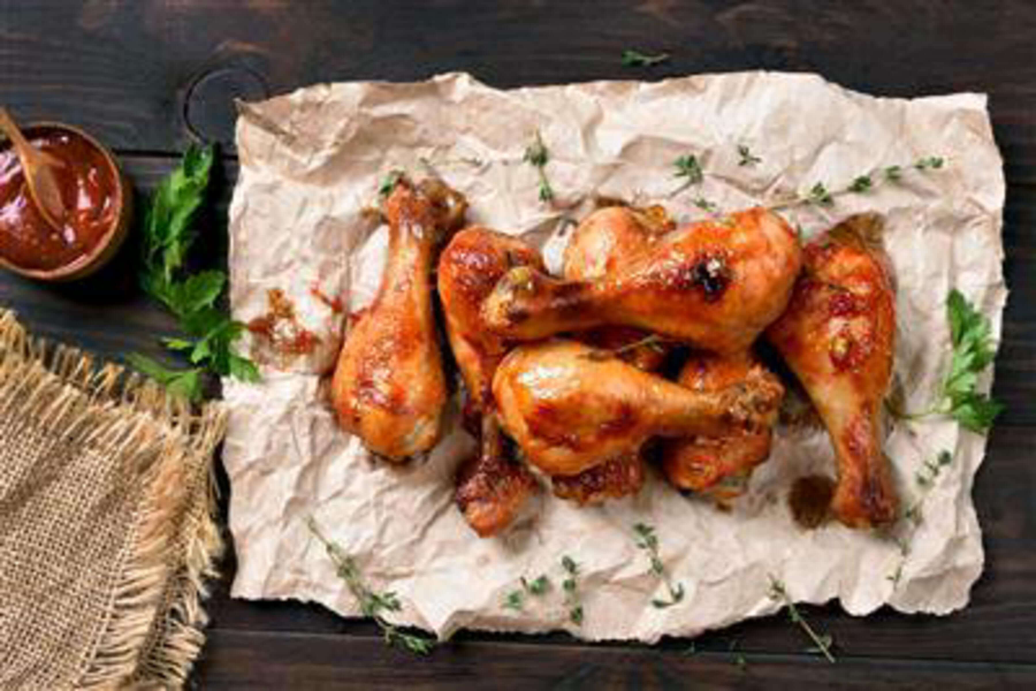 Smokey Creole Drumsticks Recipe | RecipeSavants.com