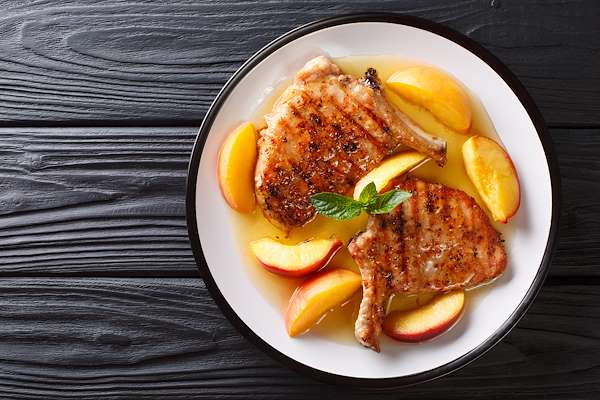 Spiced Peachy Pork Chops Recipe