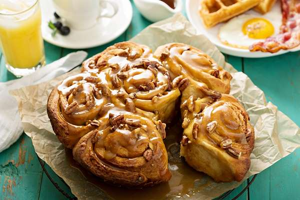 RecipeSavants - Sticky Buns With Butterscotch