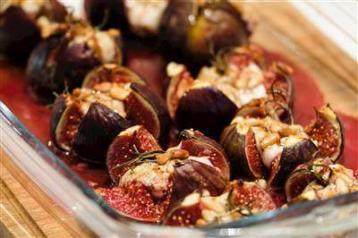 RecipeSavants - Stuffed Figs With Goat Cheese