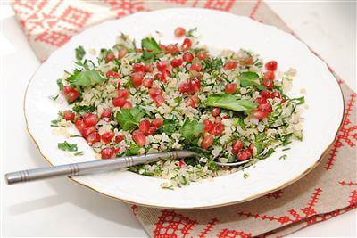 RecipeSavants - Tabbouleh with Pomegranate Seeds