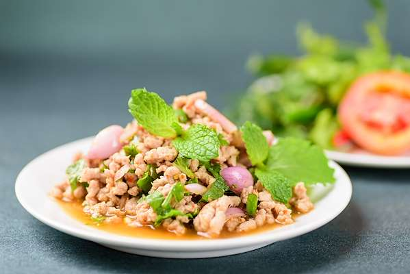 RecipeSavants - Traditional Chicken Thai Larb