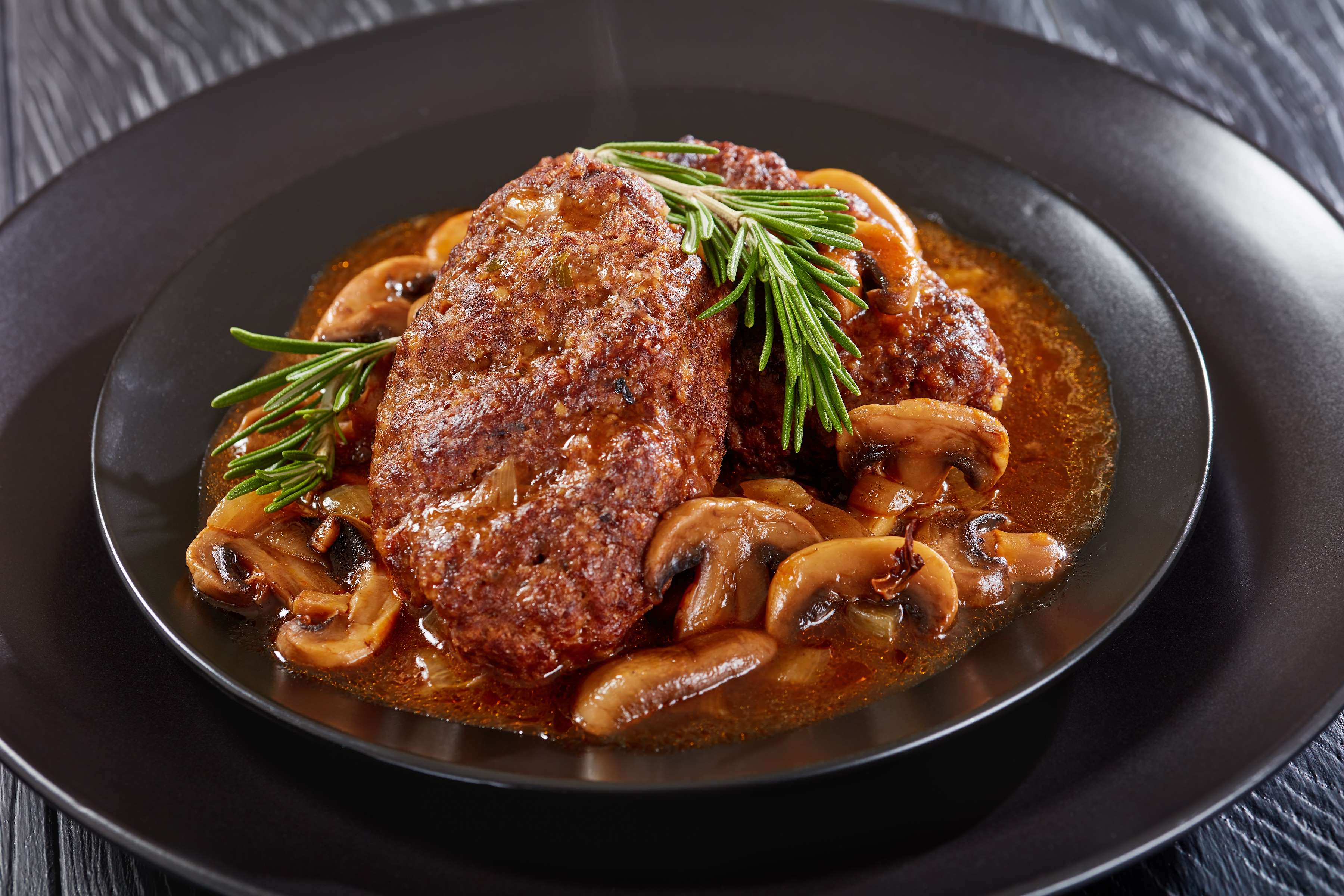 Ultimate Salisbury Steak Recipe | RecipeSavants.com